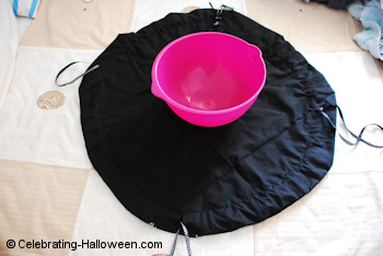 Witch Cauldron Bag Instructions 1