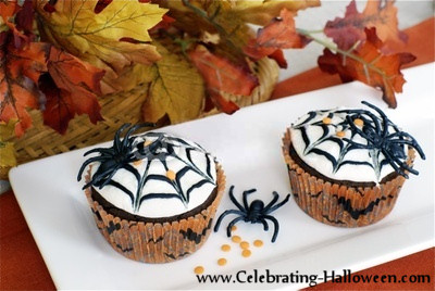 halloween spider web cupcakes cupcake decorating ideas - Cupcake Decorations For Halloween
