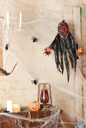Haunted Halloween Decorations with Cobwebs
